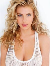 Blonde Models